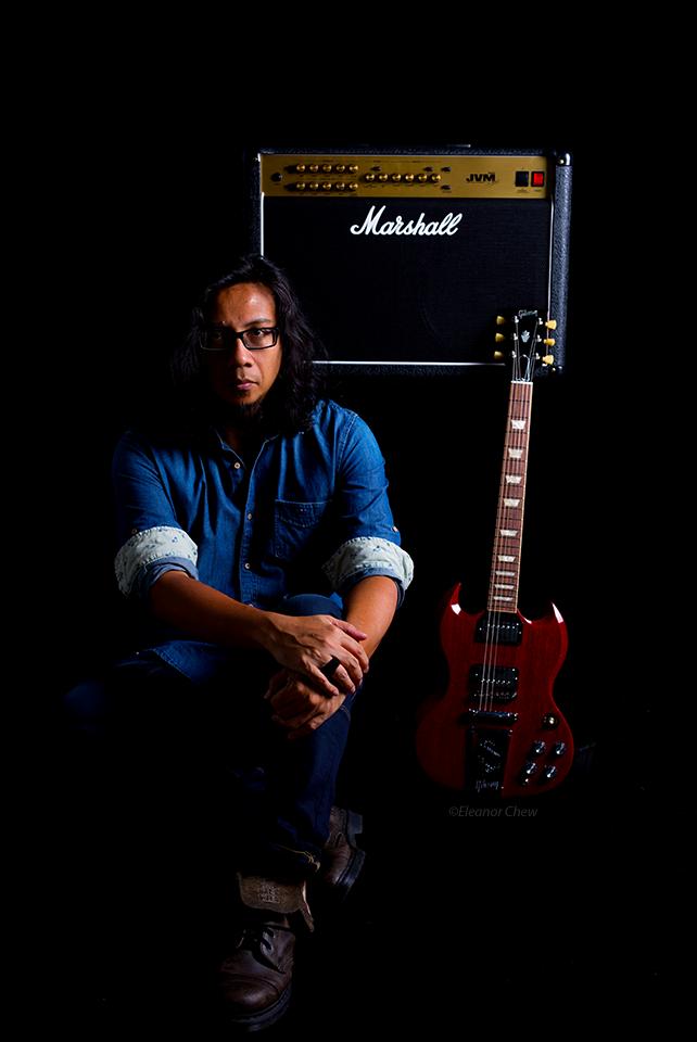 Rosli Mansor Marshall amp Gibson guitar